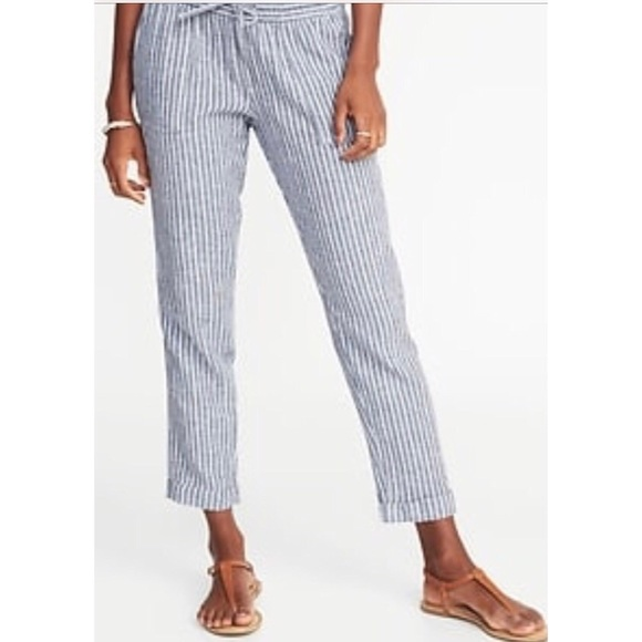 069b0e7a00f1 Old Navy Pants - OLD NAVY Striped Crop Pants Cropped Leg
